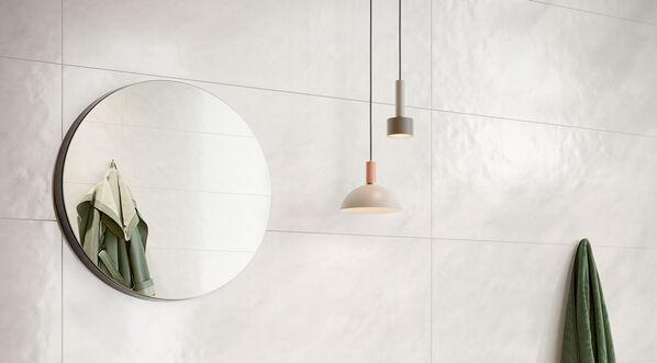 Optimal für Liebhaber von reinen und hellen Raumkonzepten: Steuler Cardigan in der Farbe Grau, 35x100 cm.