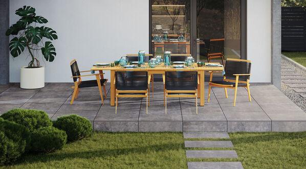 Gemütlichen Grillabenden steht nichts mehr im Wege - mit Ceramicvision Montego in der Farbe Anthrazit und im Format 80x80x2 cm.
