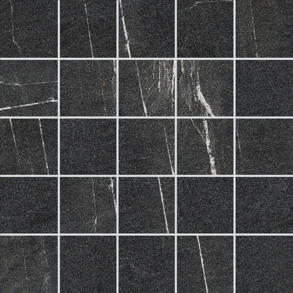 Eine Mosaikfliesen der Serie Villeroy & Boch Lucerna in der Farbe Schwarz.