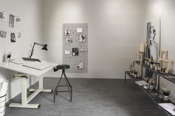 keraben essential concret white cavity white 40x120 frame grafito 75x75