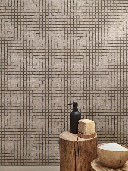 Mosaike der Serie Love Tiles Splash in der Farbe Tortora.