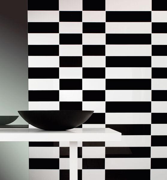 Ein Schachbrett an den Wänden mit Villeroy & Boch BiancoNero.