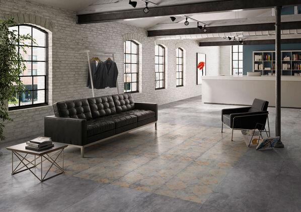 Ein Teppichmuster ergibt sich mit den Vintage Dekoren von Villeroy & Boch Warehouse.