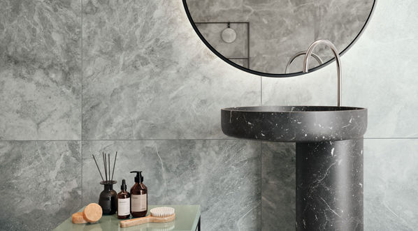 Agrob Buchtal Toblin Fliesen im Badezimmer an der Wand