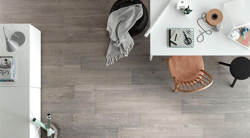 Steuler Fliesen Sägewerk graue Farbe von oben Esszimmer
