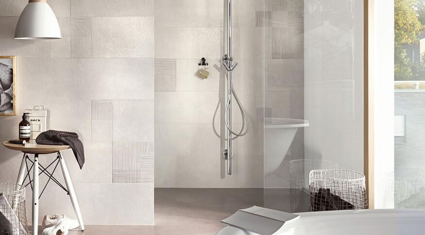 Steuler Fliesen Thinsation Badezimmer schlicht